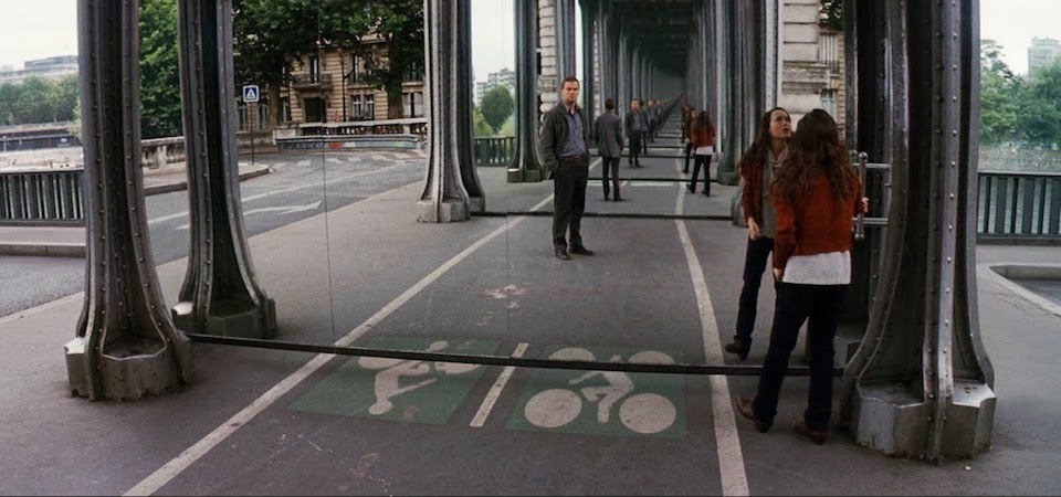 Pont de Bir-Hakeim, as seen in Inception