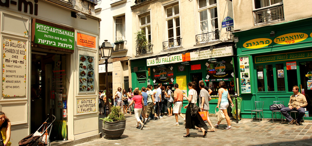 Falafel stands in Le Marais