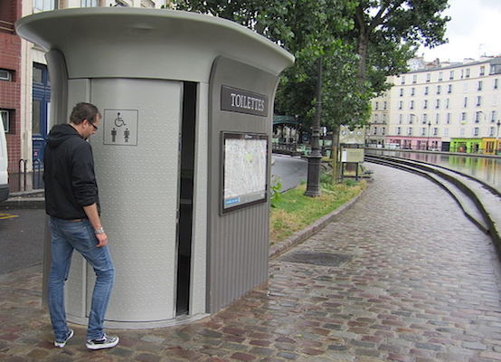 Automated public toilet in Paris