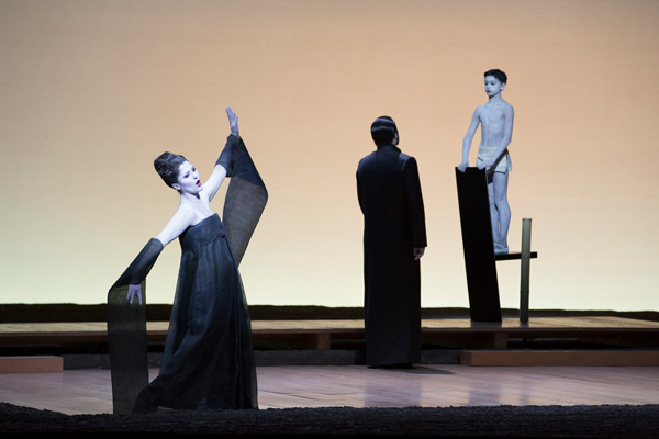 madama butterfly opera paris thumbnail
