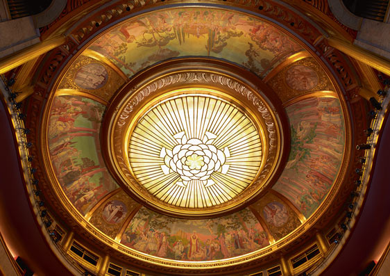 Theatre des Champs Élysees ceiling ©Hartl Meyer