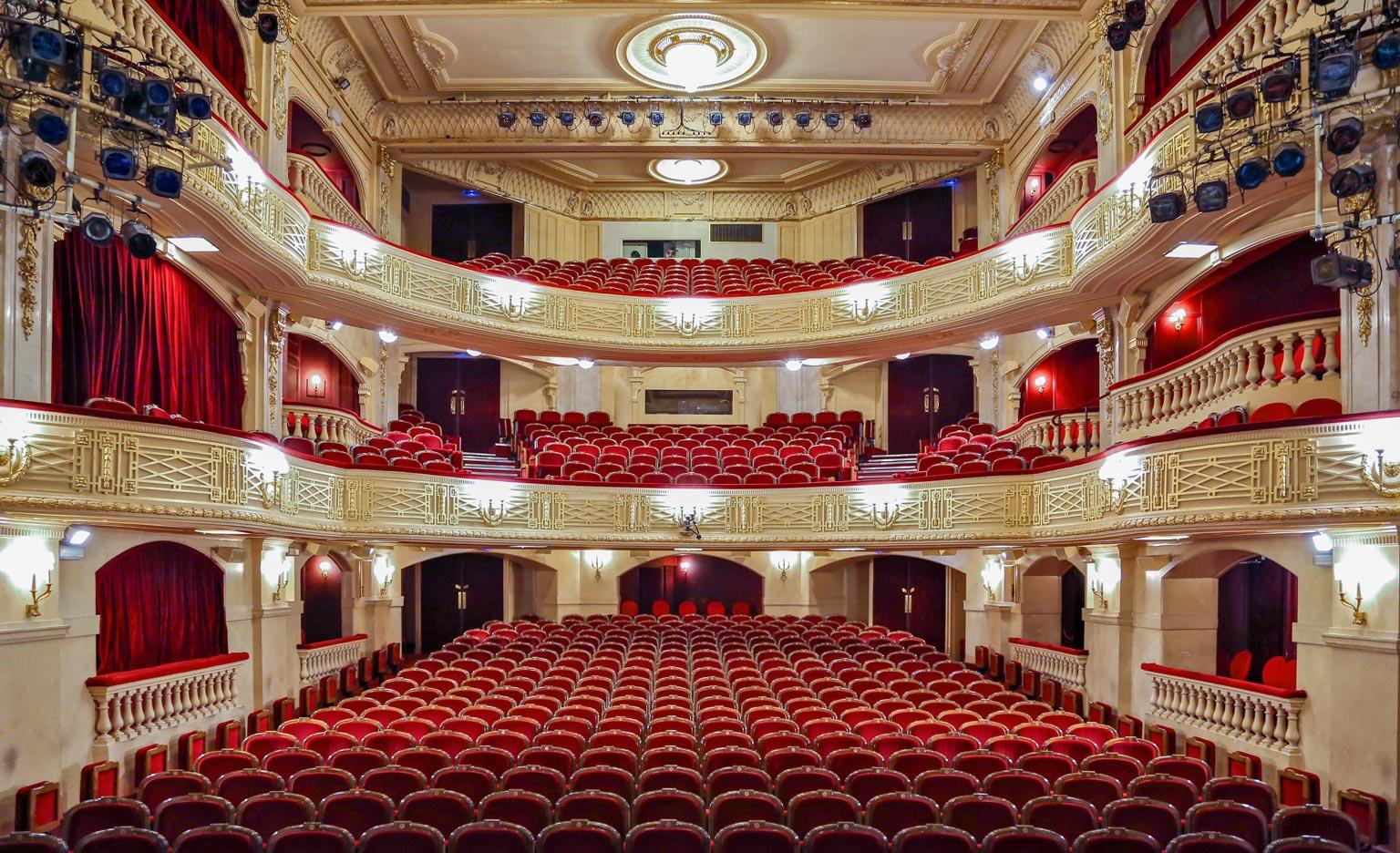 Theater Paris