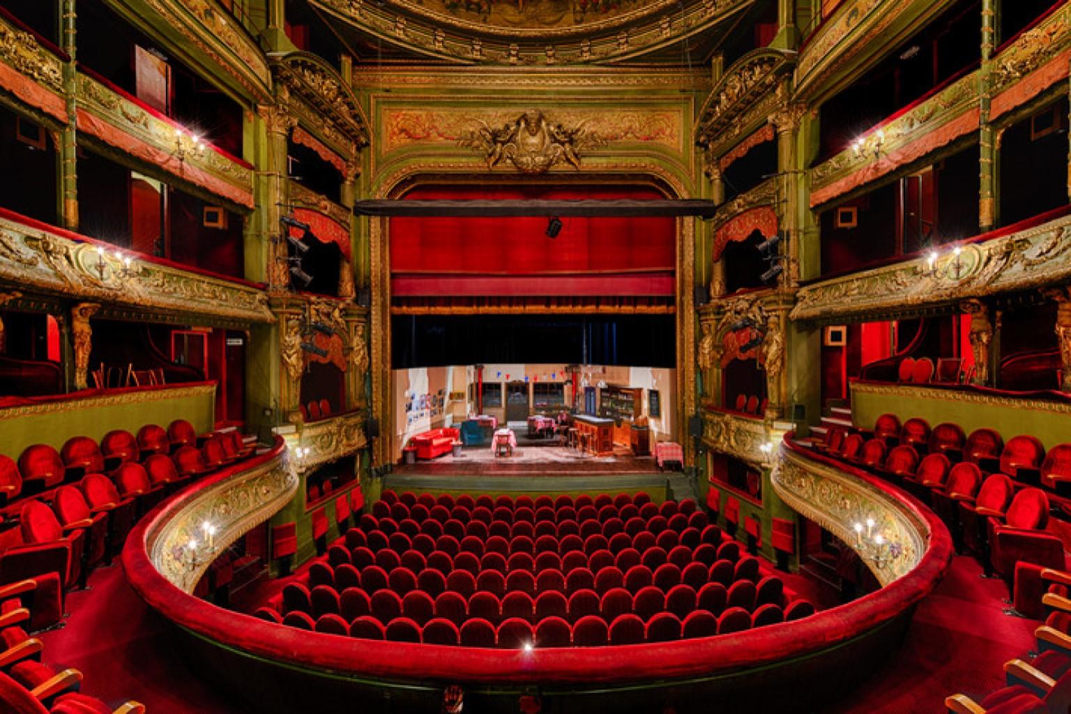 Th tre du gymnase marie bell theatre in paris french - Location chambre de bonne paris 16 ...