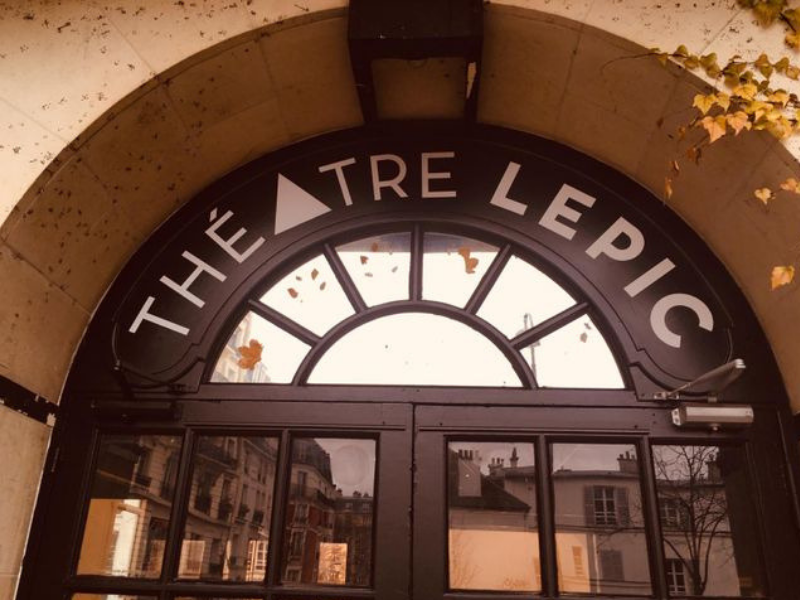exterior theatre lepic paris