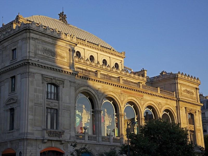 Facade of Theatre du Chatelet